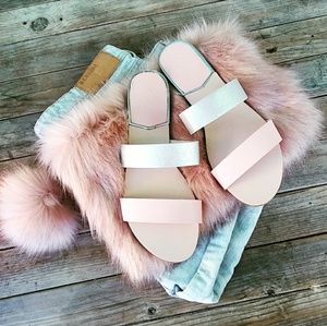🆕//The Britt// Blush pink and silver Sandal
